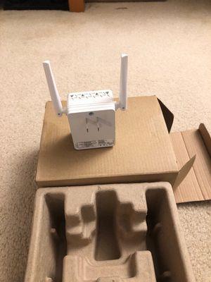 Netgear N300 WIFI Extender 2.4GHz for Sale in Fairfax, VA
