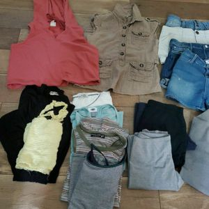 FREE FREE size 10 Girl Clothes for Sale in Irwindale, CA