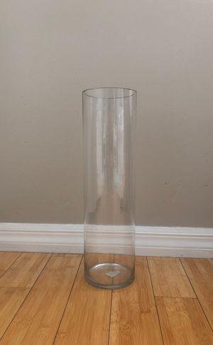 18in cylinder vase for Sale in San Diego, CA