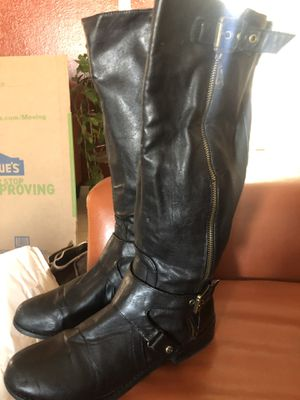 9.5 guess leather boots used will work for a good winter for Sale in Ciudad Juárez, MX