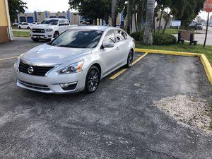 Nissan Altima 2015 for Sale in Miami, FL