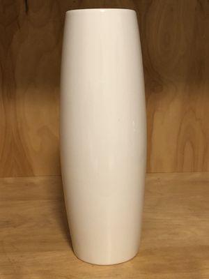 Tall skinny white vase for Sale in Ruskin, FL