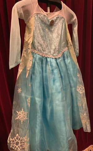 Disney princesse Elsa dress from the movie Frozen for Sale in Rancho Cucamonga, CA