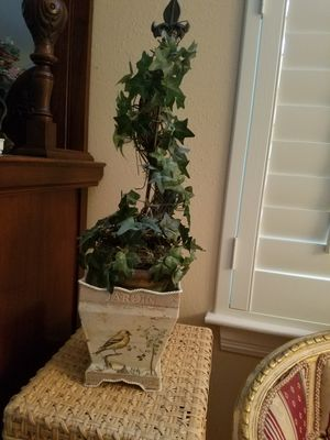 2 ft topiary decoration for Sale in Houston, TX