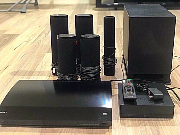 89.00 -SONY BLU-RAY Disc Player with SURROUND SOUND SPEAKERS Included.