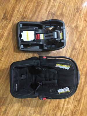 carseat for sale for Sale in Tamarac, FL