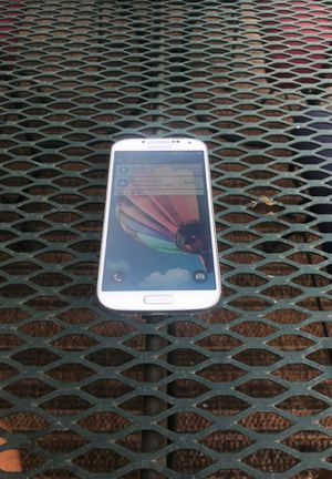 Samsung Galaxy S4 *EXCELLENT CONDITION* for Sale in Denver, CO