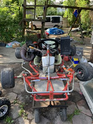 Shifter kart with dirt bike engine gears and clutch for Sale in Detroit, MI