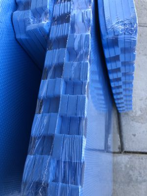 1/2 inch thick blue foam puzzle packs for Sale in Fresno, CA