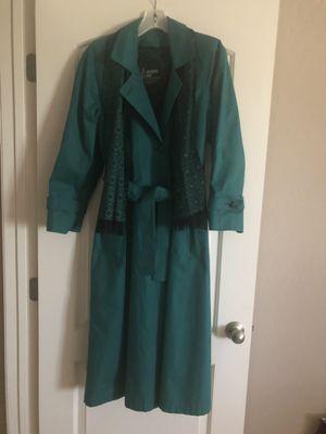 London fog raincoat for Sale in Las Vegas, NV