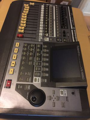 Roland vs-1880 24 bit digital studio workstation for Sale in Union, NJ