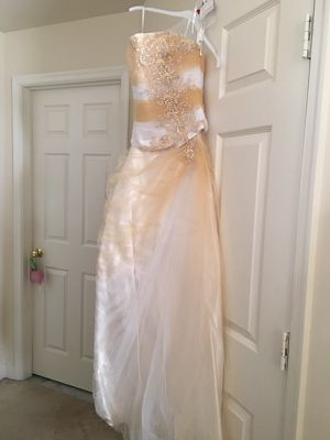 Prom Dress-Wedding Dress - Formal Gown Size 4 for Sale in Herndon, VA