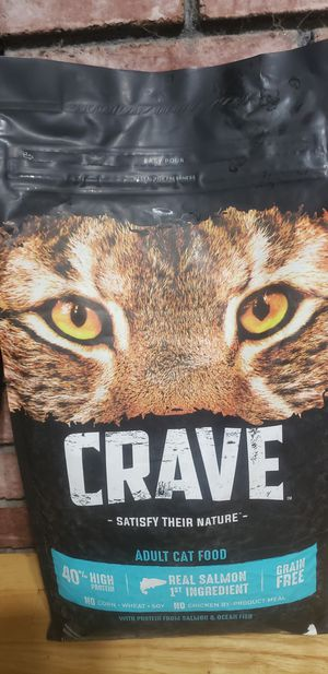 CRAVE CAT FOOD 10lb bags for Sale in Arlington, TX