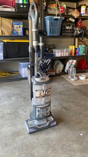 Shark Professional Vacuum for Sale in Fresno, CA