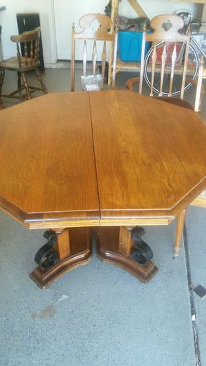 Dining table for Sale in Mesa, AZ