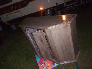 Fish tank cabinet for Sale in Oklahoma City, OK