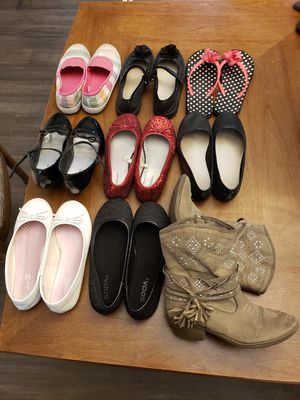 Girls Size 3 Youth Dress Shoes Etc. for Sale in Barnhart, MO