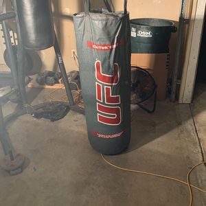 Heavy Bag for Sale in Pomona, CA