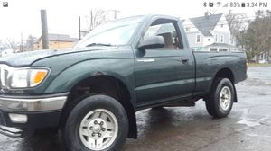 Toyota Tacoma 4x4 160k miles runs excellent shifts excellent nice interior clean title for Sale in Manchester, CT