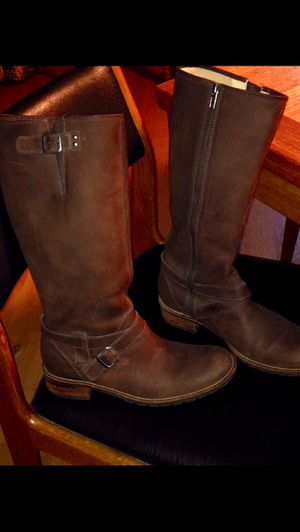 Leather LLBean women's boots 10M for Sale in Portland, OR