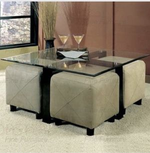 Glass coffee table $35 for Sale in Las Vegas, NV