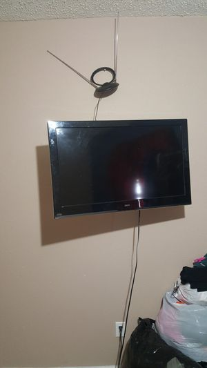 Installing tv mounts for wall for Sale in Houston, TX
