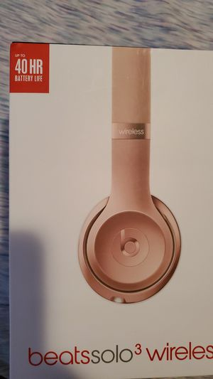 Beats solo 3 wireless for Sale in Chicago, IL