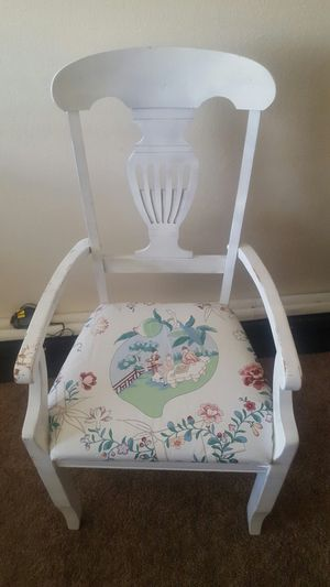 ANTIQUE CHAIR $$25 for Sale in El Cajon, CA
