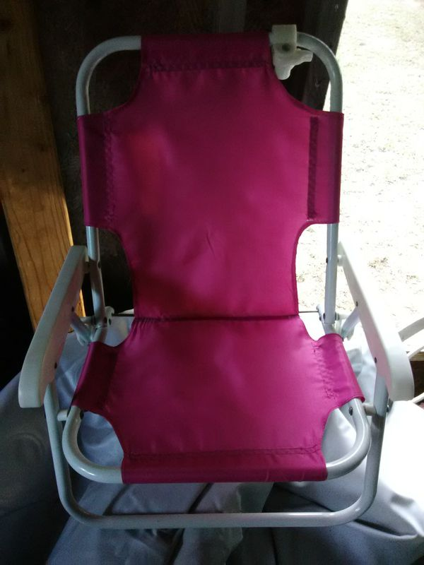 Pink foldup chair for a kid
