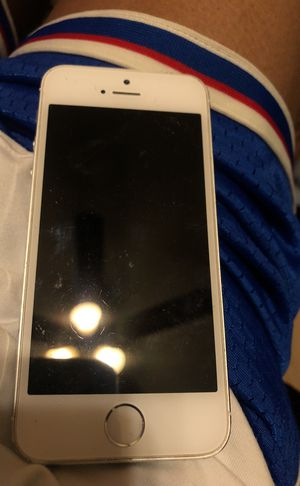 iPhone 5 for Sale in Laveen Village, AZ