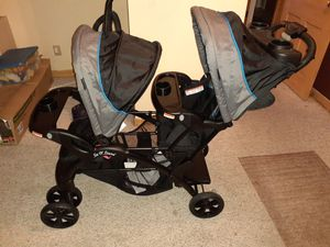 Double seat stroller for Sale in Dallas, TX