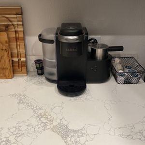 Keurig Single Serve & Espresso for Sale in Clovis, CA