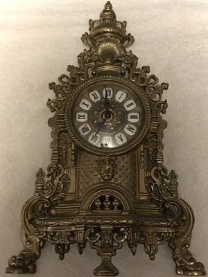 Italian mantle brass clock - vintage ornate - battery powered for Sale in Livermore, CA