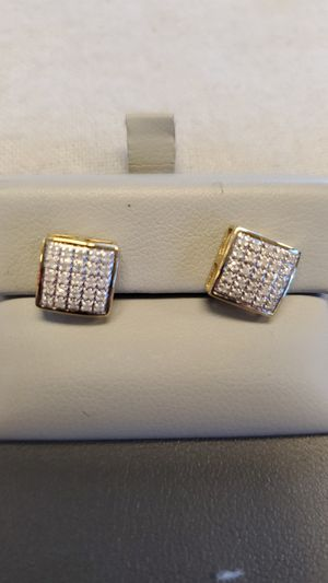 10k earrings for Sale in Henderson, NV