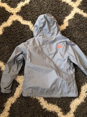 North face raincoat women's size Medium for Sale in Peachtree City, GA