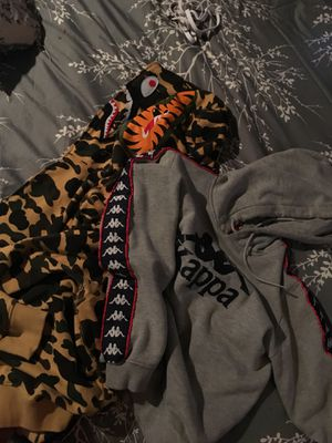 Kappa and bape kapp medium bape a large 60$ on kappa 150$ on bape for Sale in Roseville, MI