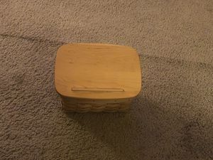 Never been used recipe Longaberger basket with lid. for Sale in Lynnwood, WA