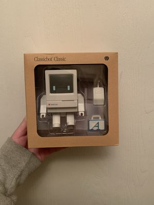 "Mindzai Classicbot Classic (4"" Figure Mac) for Sale in Columbus, OH"