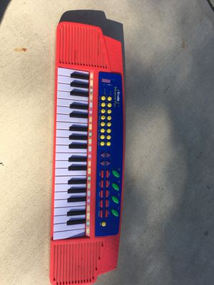 Kids Musical Fun keyboard for Sale in San Diego, CA