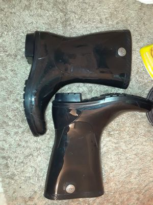 Woman Ugh Rain Boots for Sale in Detroit, MI