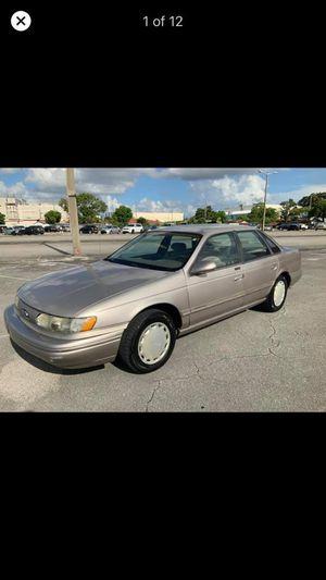 Ford taurus 1995 for Sale in Miami, FL