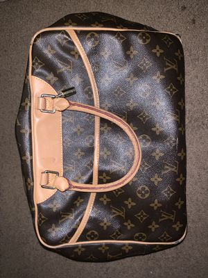 Louis Vuitton bag for SALE! for Sale in Severn, MD