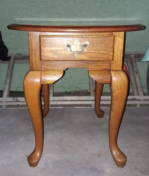 Wood Side Table for Sale in Los Angeles, CA