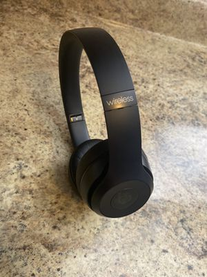 Beats Sole 3 wireless Bluetooth headphones 🎧 for Sale in Los Angeles, CA