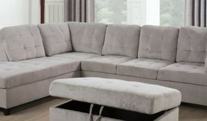 New Grey Sectional with Storage Ottoman for Sale in Kent,  WA