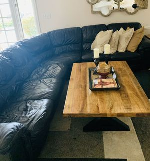 Corner Couch from Rooms to Go for Sale in Fort Lauderdale, FL