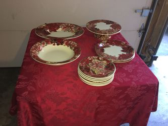 Christmas plate set for Sale in Springfield,  VA