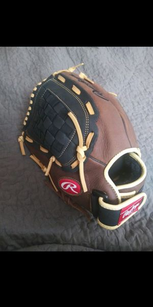 Brand new baseball glove for Sale in Elgin, IL