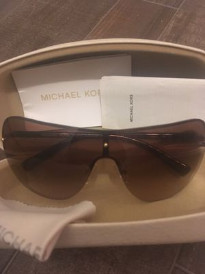 Michael Kors Sunglasses for Sale in West Columbia, SC