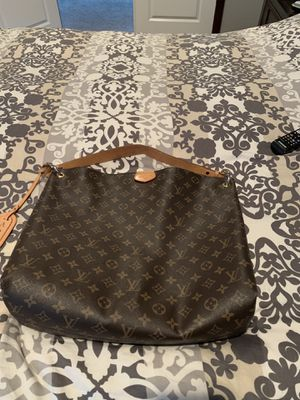 Louis Vuitton Handbag for Sale in Snohomish, WA